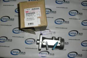 8980326020 - Главный тормозной цилиндр NLR85 Isuzu