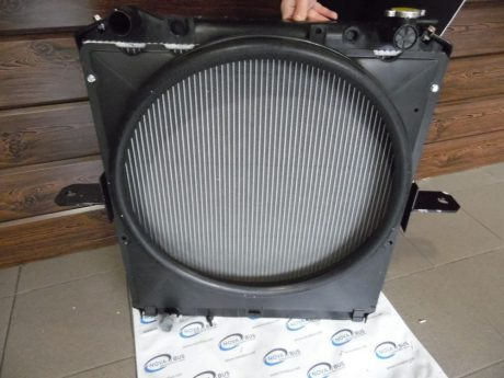 Радиатор основной на Богдан, Isuzu, 4HK1 E-3
